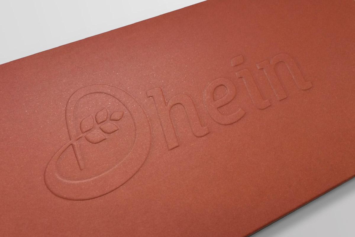Close up Geschenk Gutscheinverpackung Bäckerei Dhein